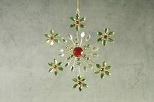 GREEN/RED JEWELLED SNOWFLAKE