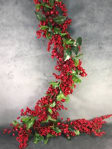 180CML BERRY AND GREEN HOLLY GARLAND