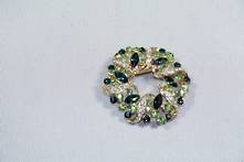 DOZ GREEN DIAMANTE WREATH HANGING DECORATION