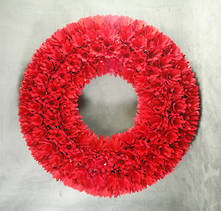 RED WOOD FLORETTE WREATH