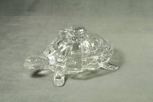 GLASS TURTLE ON TURTLE