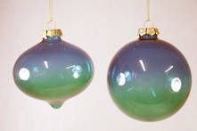 SET2 BLUE GREEN GLASS HANGERS