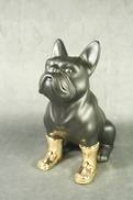 BLACK CERAMIC BULL DOG WITH GOLD BOOTS