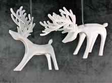 SET2 WHITE PLASTIC HANGING DEER