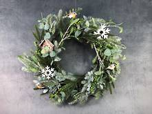 56CMD FROSTED PINE, BIRD AND SNOWFLAKE WREATH