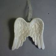 WHITE CERAMIC ANGEL WINGS