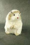 16CMH STANDING WHITE/GOLD HEDGEHOG