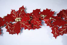 RED VELVET HOLLY LEAF GARLAND