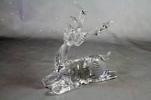 SMALL CLEAR ACRYLIC SITTING DEER
