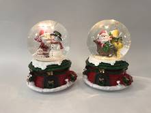 SET2 SNOWGLOBES ON RED SACK BASE, LED & MUSIC
