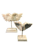 SET 2 RESIN WINGS ON STANDS