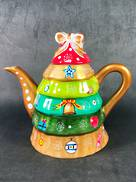 CERAMIC CHRISTMAS TREE TEA POT - MULTICOLOUR BASE