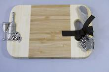 BAMBOO CUTTING BOARD AND SPREADER WITH WINE MOTIF