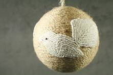 JUTE BALL WITH WHITE BEADED FANTAIL