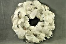 GREY AND WHITE FEATHER EGG WREATH