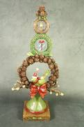 RESIN CHRISTMAS WREATH TREE