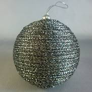 PLATINUM THREAD BAUBLE