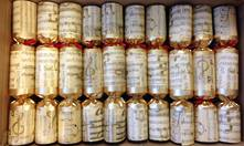BOX50, 30CM GOLD MUSICAL PAPER CRACKERS