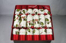 BOX50 30CM RED METALLIC AND HOLLY CRACKERS