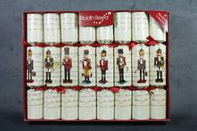 25CM BOX 8 Nutcracker