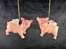 SET 2 FLYING PIGS