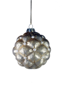 AGED GOLD GLASS HANGER WITH INSET PEARLS (6)