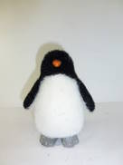 SM BLACK AND WHITE PENGUIN