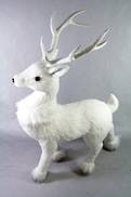 46CMH STANDING DEER WITH FUR COLLAR