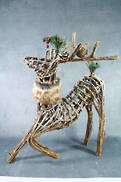 CROUCHER WICKER DEER WITH FUR COLLAR