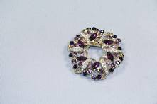 DOZ PURPLE DIAMANTE WREATH HANGING DECORATION