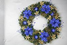 LARGE PINE AND BLUE/GOLD DRESSED WREATH